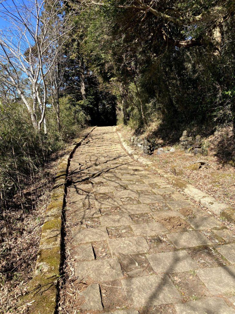 芦ノ湖東側遊歩道