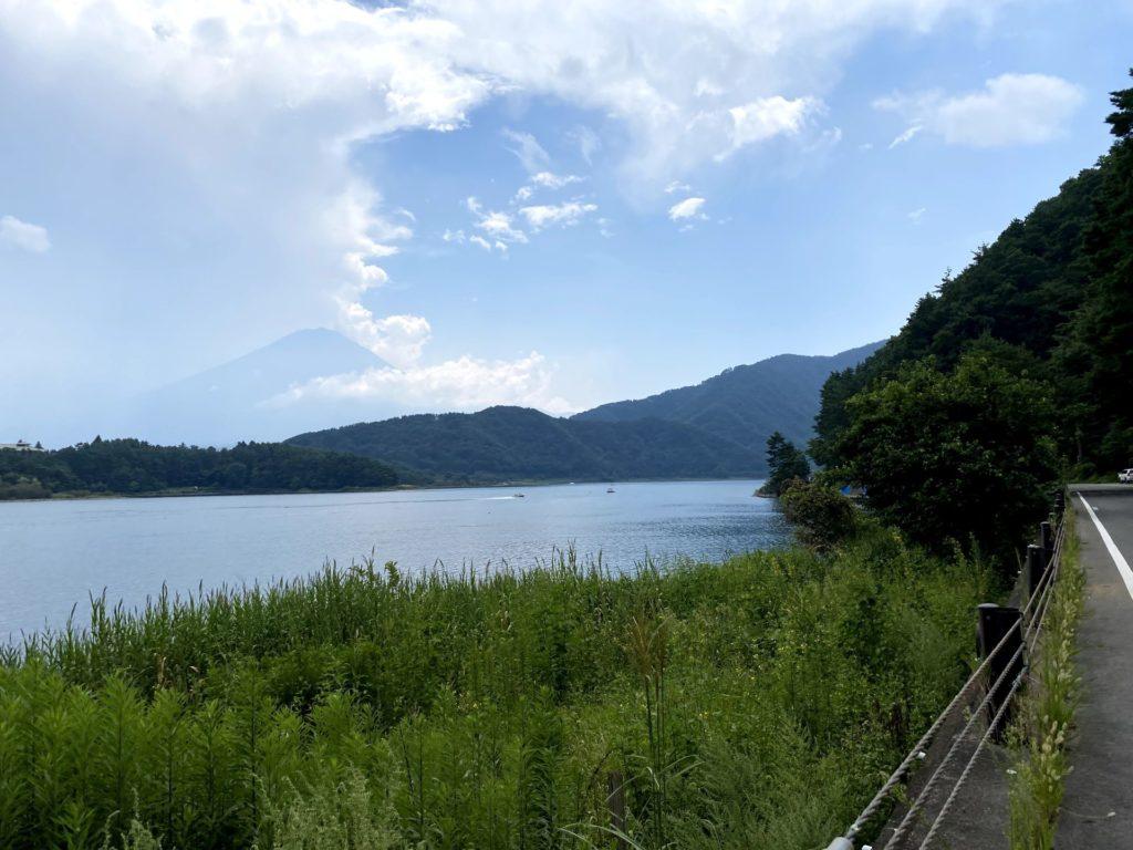 湖北ビューラインから見た富士山